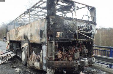 В Чехии дотла сгорел автобус с украинцами