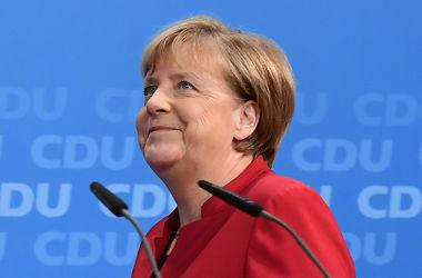 Меркель намерена стать противовесом Трампу – Financial Times