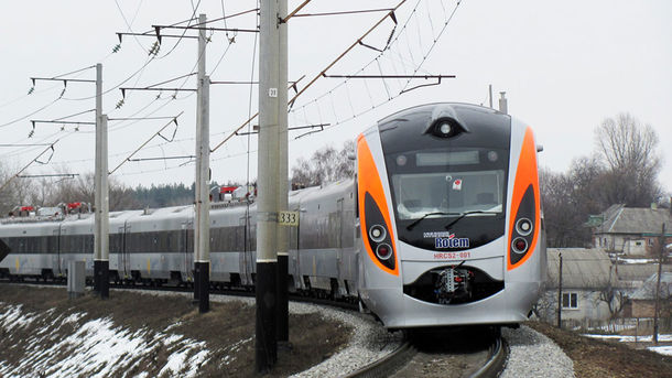 ВГермании показали 1-ый поезд наводородном горючем