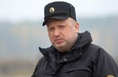 Украина не планирует проводить ракетные испытания в Керченском проливе – Турчинов