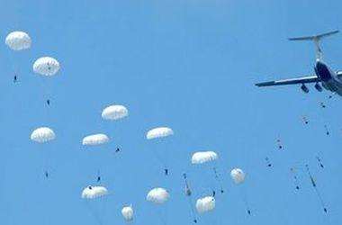 Спасатели нашли тело одного из десантников, пропавших на Кубани после прыжка с парашютом