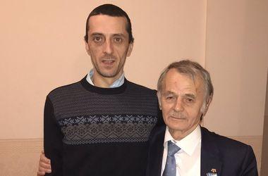 Мустафа Джемилев встретился с сыном