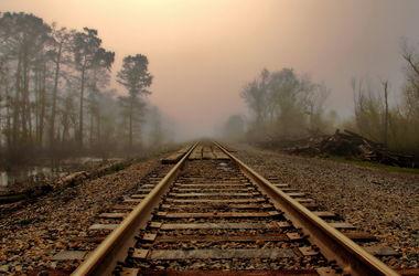 В Харьковской области два человека стали жертвами поездов