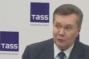 """Янукович рассказал о своем видении избиения студентов """"Беркутом"""" 30 ноября"""