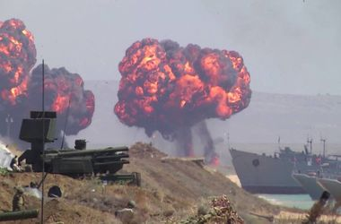 РФ может начать перебрасывать в Беларусь войска: есть ли угроза вторжения в Украину