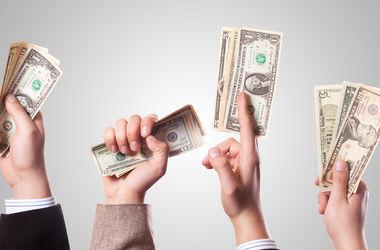 Украина в следующем году должна вернуть МВФ миллиард долларов