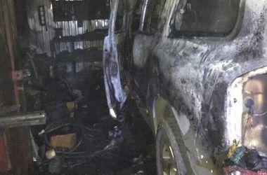Автомобиль взорвался в Кропивницком: есть пострадавший