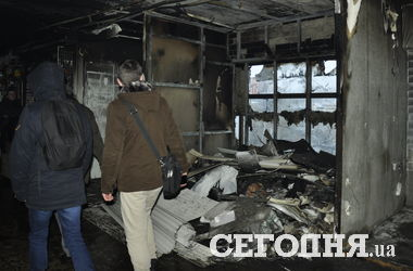 Как выглядит переход на Старовокзальной в Киеве после пожара