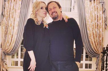 Жене Стаса Михайлова из-за укуса паука пришлось обратиться к врачу - Звездные новости - Инна Михайлова месяц пила антибиотики