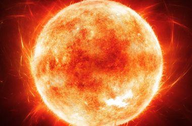 Уфологи зафиксировали, как инопланетяне заправляют корабль от Солнца