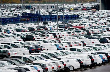 Listopad nainstaloval novou laťku na automobilový trh na Ukrajině