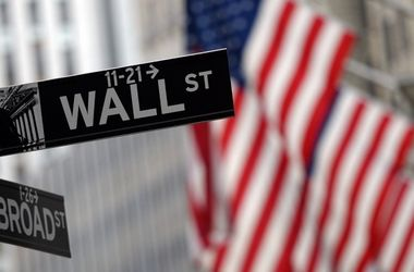 Индекс Dow Jones рекордно вырос