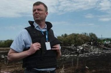 Хуг: Мы видим технику боевиков, но официально задокументировать не можем