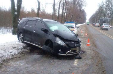 В Харькове разбилась иномарка