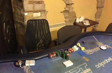 В киевском отеле нашли подпольное казино