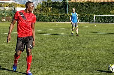 Усейн Болт поиграл в футбол с французским клубом