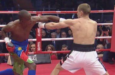 Az bilinen bir boksör Afrika'dan müthiş nakavt rus şampiyonu Трояновского