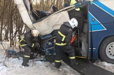 В России автобус с детьми столкнулся с фурой: 11 погибших