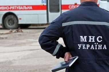 В Житомирской области спасатели ушли под лед