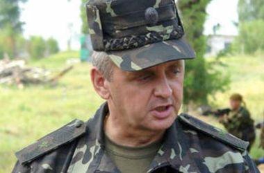 Муженко: Украина не будет бомбить Донбасс, как это делала РФ в Чечне