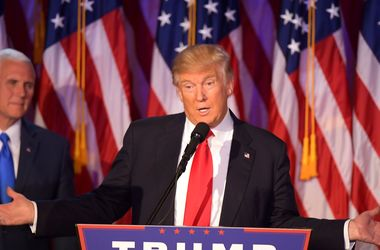 Trump instructed to revise the us strategy against ISIS - media