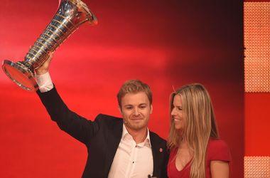 Гонщик Формулы-1  Нико Росберг получил две награды по итогам года