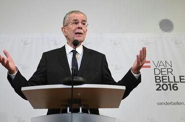 Туск поздравил Беллена с победой над пророссийским кандидатом на выборах президента Австрии