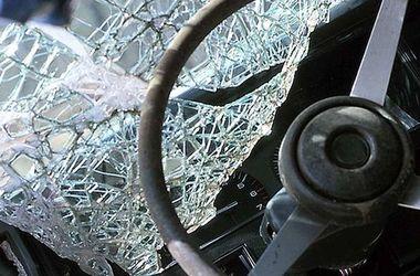 """Во Львовской области огромный грузовик на """"зебре"""" переехал женщину"""