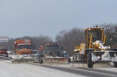 В Харьковской области расчистили от снега около 6 тысяч километров дорог