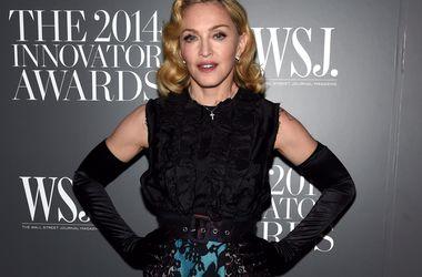 Шон Пенн поможет сыну Мадонны побороть наркотическую зависимость - Звездные новости - Рокко задержали за курением марихуаны