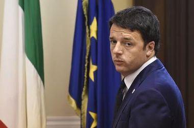 """Еврогруппа не планирует """"спасать"""" евро после отставки Ренци - Financial Times"""