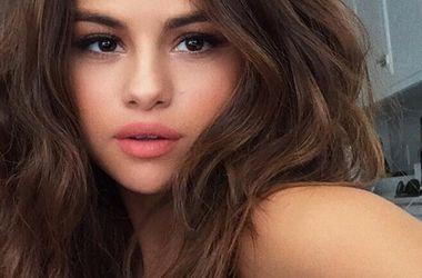 Селена Гомес стала самой популярной звездой в Instagram - Звездные новости - Второе место в рейтинге самых популярных пользователей Instagram заняла подруга Селены – певица Тейлор Свифт