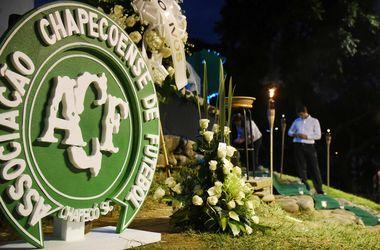 Один из выживших в авиакатастрофе футболист находится в критическом состоянии