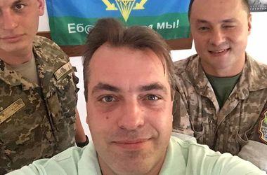 Советник президента оригинально поздравил украинскую армию
