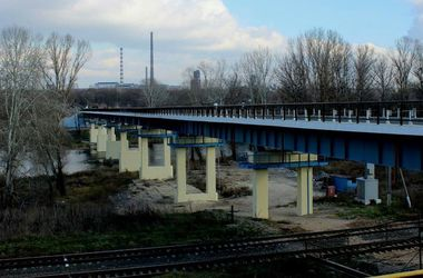 В Луганской области открыли разрушенный боями мост