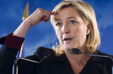 Опрос показал, как отставка премьера повлияет на выборы во Франции
