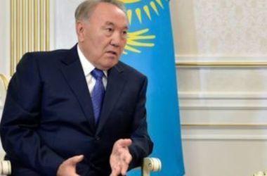 """Назарбаев рассказал, как Россия """"разорила"""" Казахстан"""