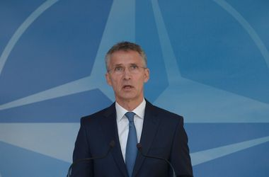 НАТО запускает новый пакет помощи для Украины - Столтенберг