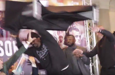 Due to the antics of Derek Chisora's fight against Dillian white will be non-title