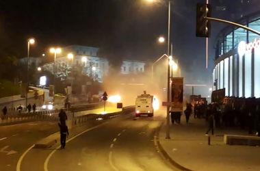 В результате теракта у стадиона в Стамбуле погибли минимум 13 человек