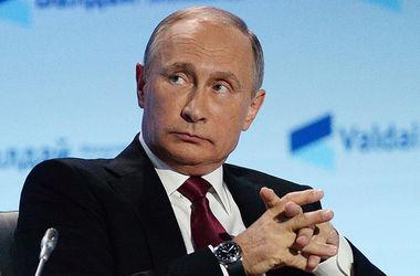 İşgal altındaki Kırım'da tacize uğramış olabileceğimi üzerinde билбордом Putin ile