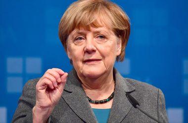 Меркель предложила Эрдогану помощь в борьбе с терроризмом