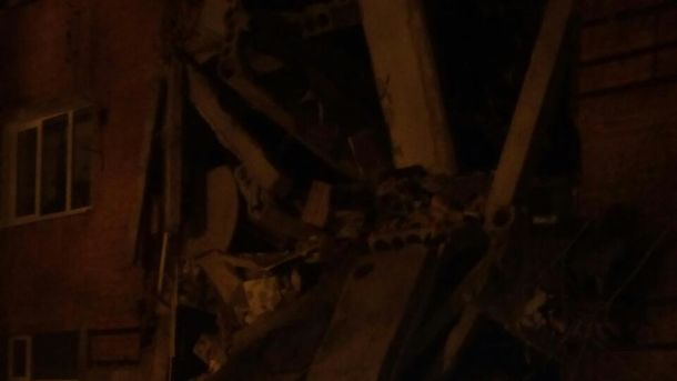 ВЧернигове случилось обрушение вобщежитии, есть пострадавшие