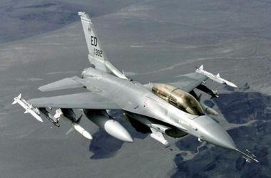 В Турции разбился истребитель F-16