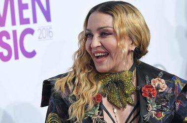 """""""Если вы женщина, вам приходится играть в игру"""": Мадонна произнесла сильную речь в защиту женщин"""