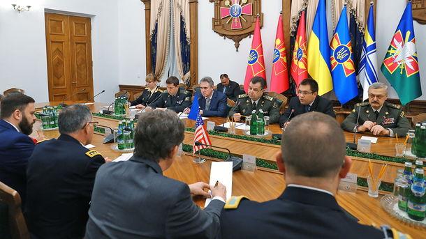 Украина закупила станции радиоэлектронной борьбы,— Полторак