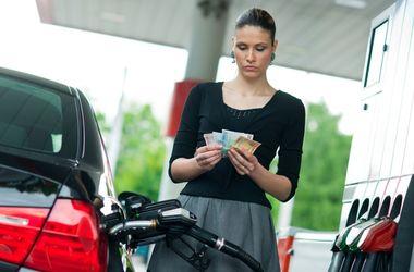 """Каких цен на бензин и """"дизель"""" ждать в 2017 году"""