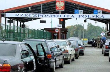 В очередях на границе с Польшей застряли около тысячи авто