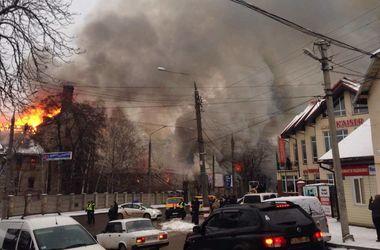 Масштабный пожар в Черновцах: густой дым накрыл улицы
