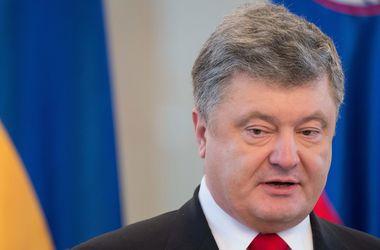 В Украине вырастут пенсии - Порошенко